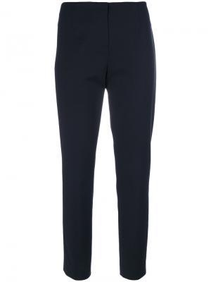 Укороченные строгие брюки Les Copains. Цвет: синий