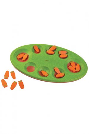 Манкала Морковки Plan Toys. Цвет: зеленый