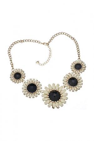 Ожерелье Розовые ромашки Victoria Le Land. Цвет: черный