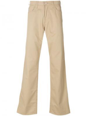 Слегка расклешенные джинсы Armani Jeans. Цвет: телесный