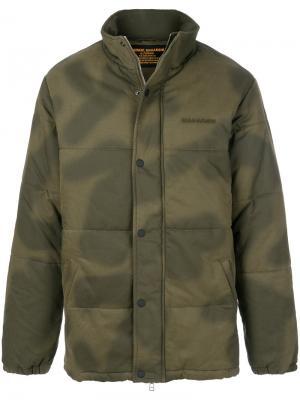 Легкая куртка на молнии Maharishi. Цвет: зелёный