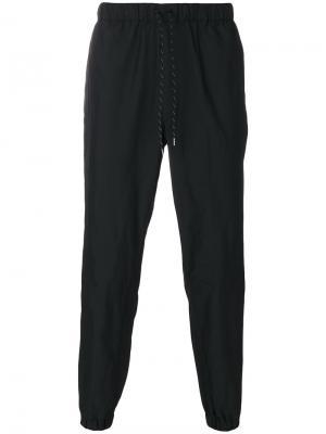 Спортивные брюки Issey Miyake. Цвет: синий