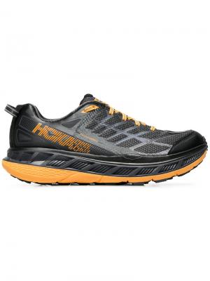 Stinson ATR 4 sneakers Hoka One. Цвет: чёрный