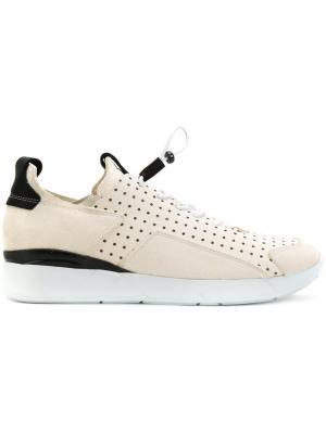 Кроссовки с эластичной шнуровкой Enso. Цвет: телесный