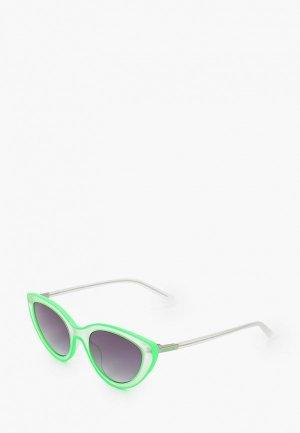 Очки солнцезащитные Guess. Цвет: зеленый