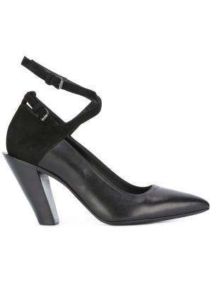 Туфли с ремешком на щиколотку A.F.Vandevorst. Цвет: чёрный