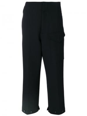 Укороченные брюки с большими карманами Joseph. Цвет: чёрный