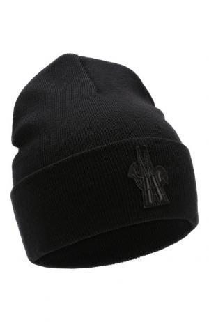 Шерстяная шапка с нашивкой Moncler. Цвет: черный