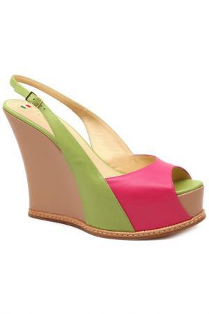 Туфли открытые Caravelle. Цвет: розовый